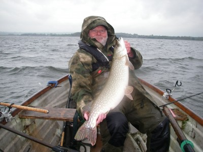 John Synnuck with a 21:08 Chew pike