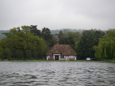 A full-to-the-brim Blagdon Lake